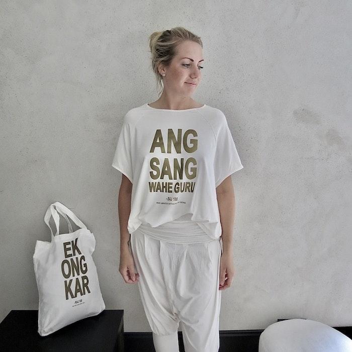 T-shirt Pärlvit / Ang Sang - RAJ 108
