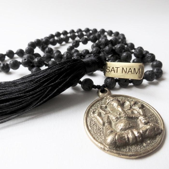 Halsband Black Lava  / Ganesha - RAJ 108
