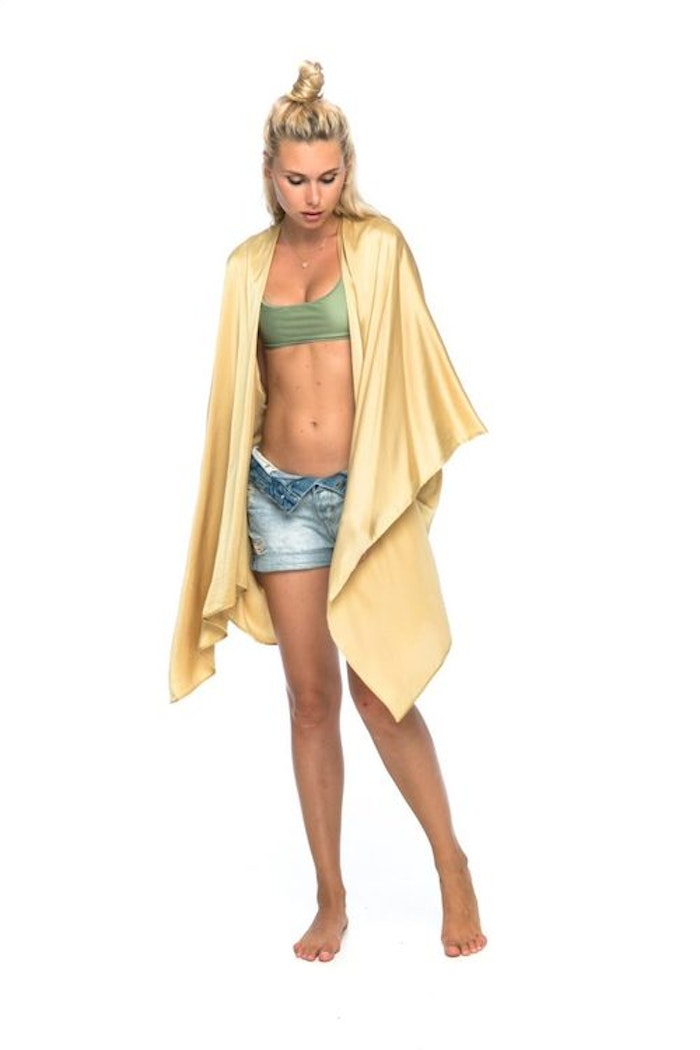 "Luxe silk kimono short ""Golden goddess"" - Warriors of the divine"