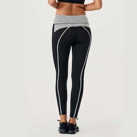 Yogaleggings BOW II Black/grey från DOM