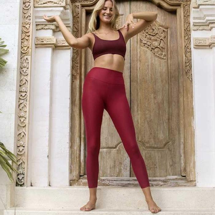 Yogaleggings Sutra Leggings Berry från Indigo Luna