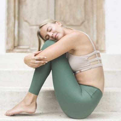 Yogaleggings Sutra Leggings Fern från Indigo Luna