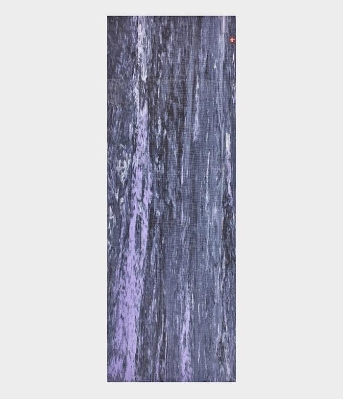 Yogamatta 4mm eKOLite Hyacinth Marble från Manduka