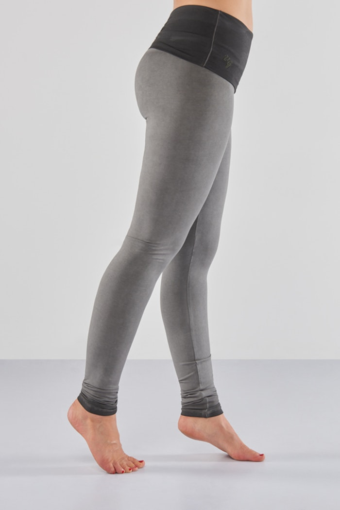 Yogaleggings Shaktified  Urban Roots Off black - Urban Goddess