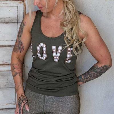 Yogia linne khaki LOVE light