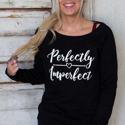 "Yogia tröja Black ""Perfectly Imperfect"""