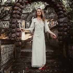 Klänning Atua Tino wrap dress 3/4 Natural - Chintamani Alchemi