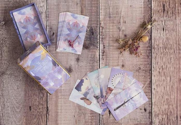 Tarotkort  The Starchild Tarot - Akashic