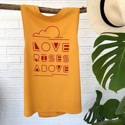 Linne Love Rises above orange -  SuperLove Tees