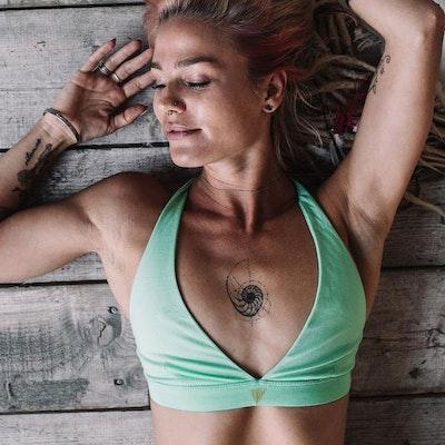 Yoga-BH Atua Tino top mint - Chintamani Alchemi