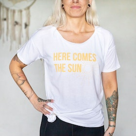 "T-shirt ""Here comes the sun"" White - Yogia"