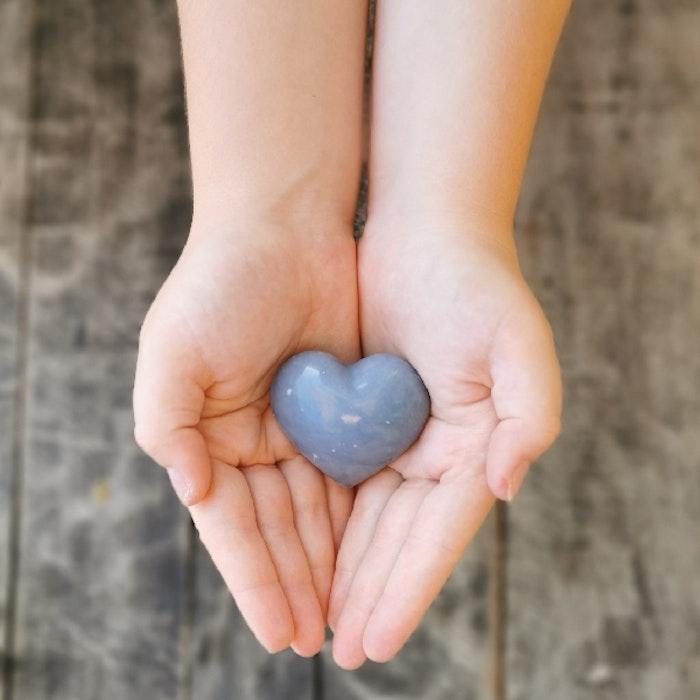 Angelit Hjärta - Yogia