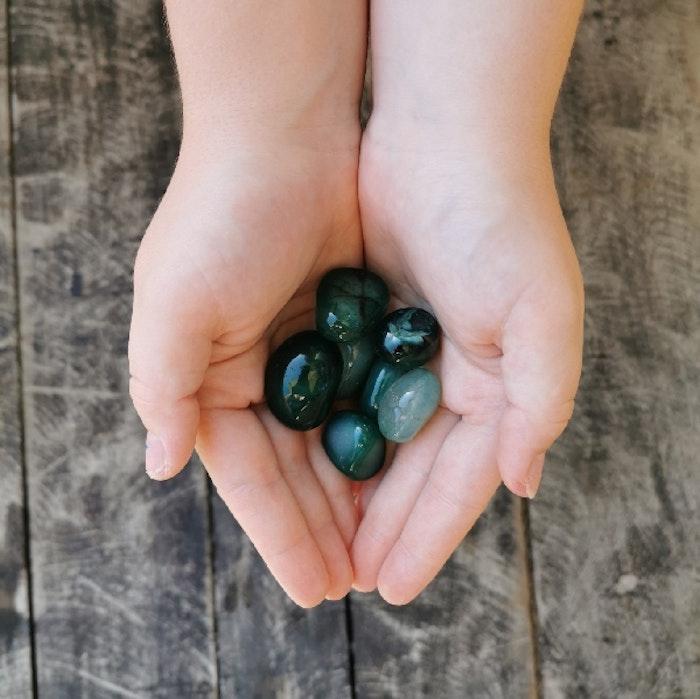 Grön Agat Tumlad - Yogia