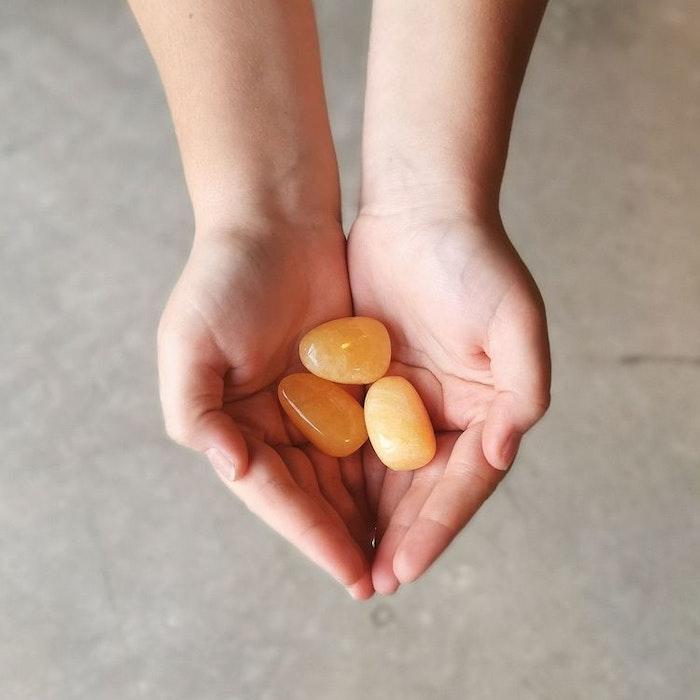 Orange Kalcit tumlad