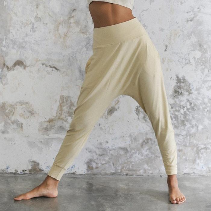 Yogabyxor Indo Pants Cashew - Indigo Luna