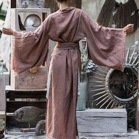 Kimono Exklusiv 100% linne Coffee - Chintamani Alchemi