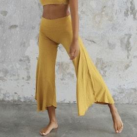 Yogabyxor Layla Flares Saffron - Indigo Luna