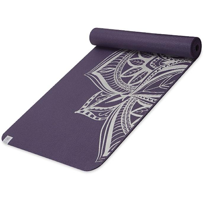 Yogamatta 6mm Aubergine Medallion - Gaiam