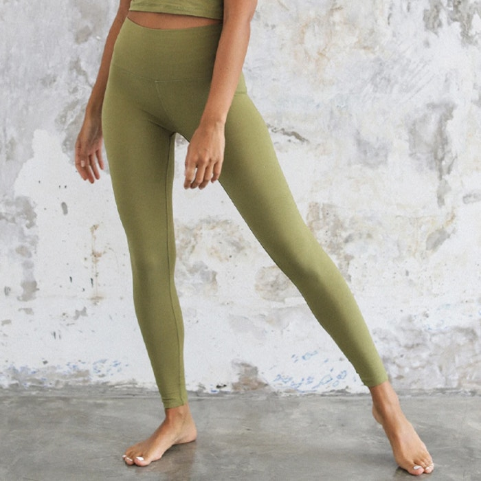 Yogabyxor Ananda leggings Olive - Indigo Luna