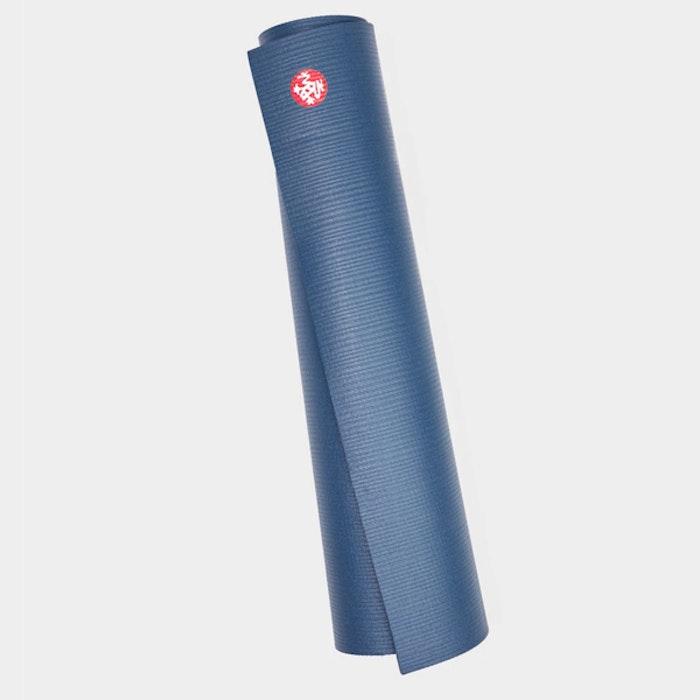 Yogamatta PRO mat Odyssey (mellanblå) Extra lång - Manduka