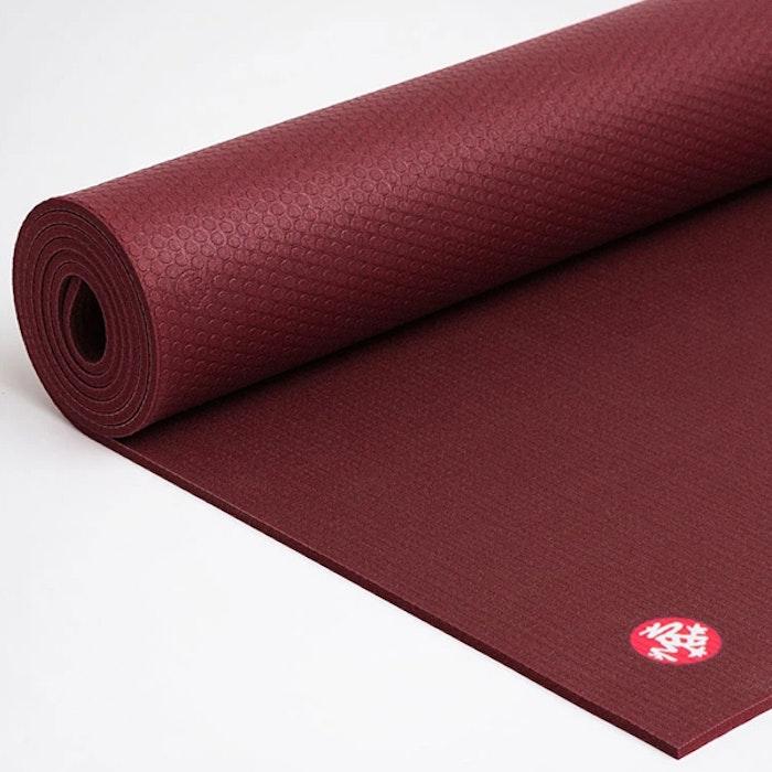 Yogamatta PRO mat Verve (vinröd) 6mm - Manduka