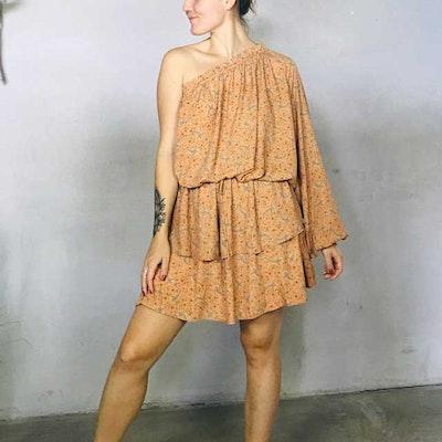 Klänning Alice One shoulder dress nr 2 - Sissel Edelbo