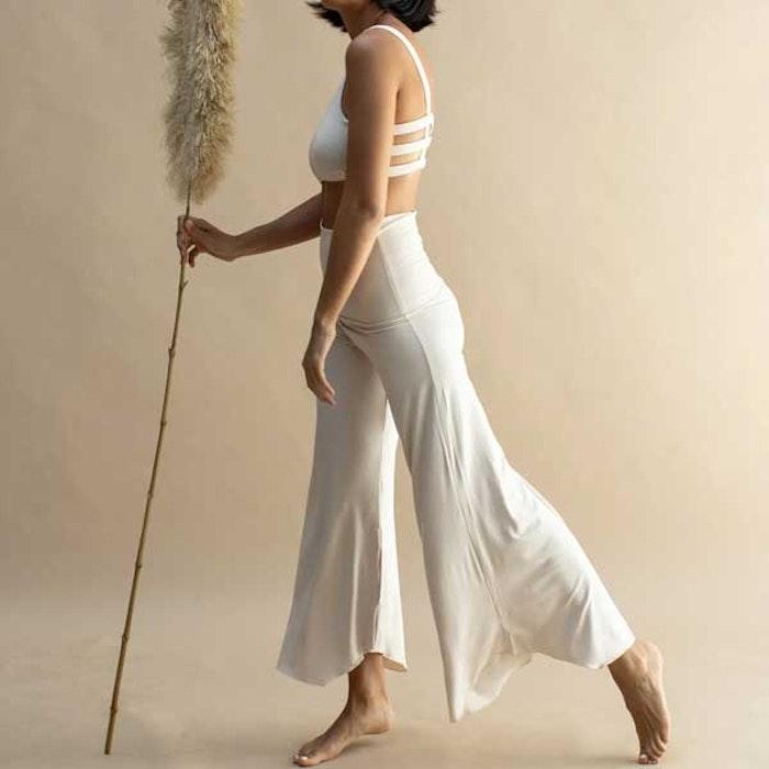 Yogabyxor Layla Flares Pearl - Indigo Luna