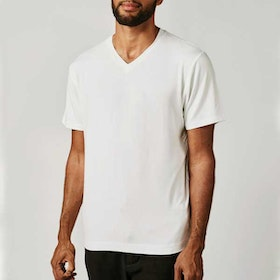 T-shirt Bill v-neck White - Movesgood