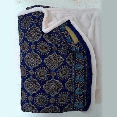 Yogafilt Sari/silke Mörkblå/guld - E-swiss