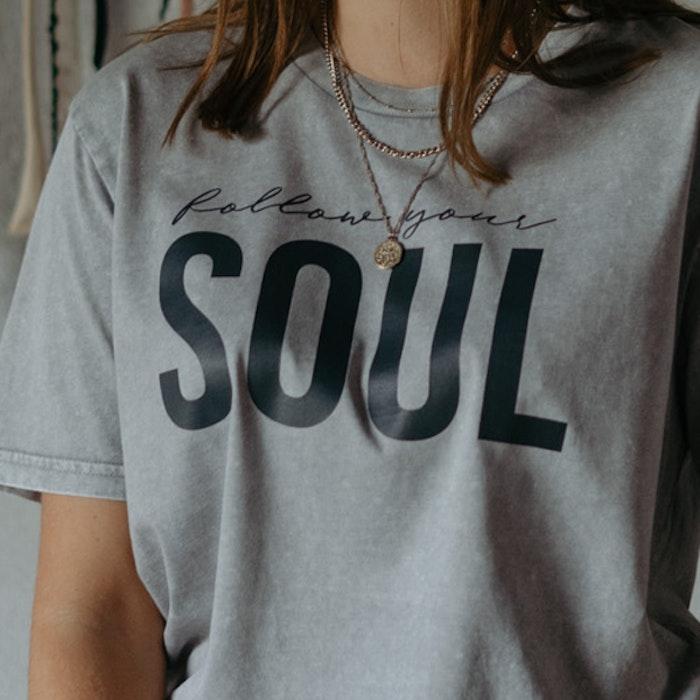"T-shirt Unisex ""Follow your soul"" Aged grey - Yogia"