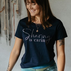 "T-shirt ""Sharing Is Caring"" Blå - Soul Factory"