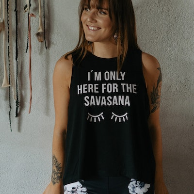 "Linne Tank Top ""I´m only here for the Savasana"" Black - Soul Factory"
