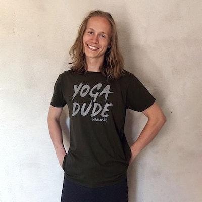 "T-shirt ""Yoga Dude"" Khakigrön - Yogia"