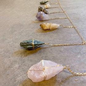 Vägg dekoration  Healing Crystal Garland - Ariana Ost