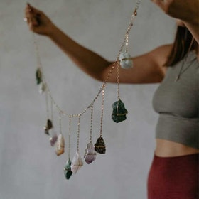 Väggdekoration  Healing Crystal Garland - Ariana Ost