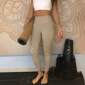 Yogaleggings Seamless Perfect fit 7/8 Champagne - Vackraliv