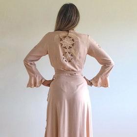 Klänning Moon Phase Maxi Wrap Dress Nude - Zaimara