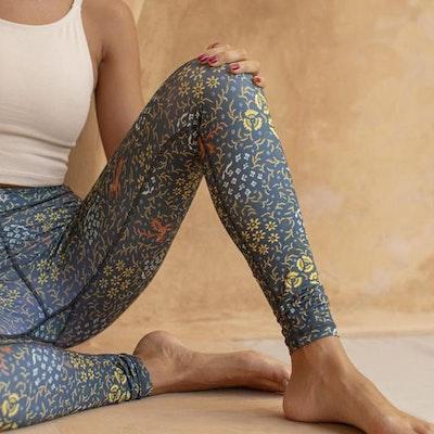 Yogaleggings Batik Sari Ocean - Indigo Luna