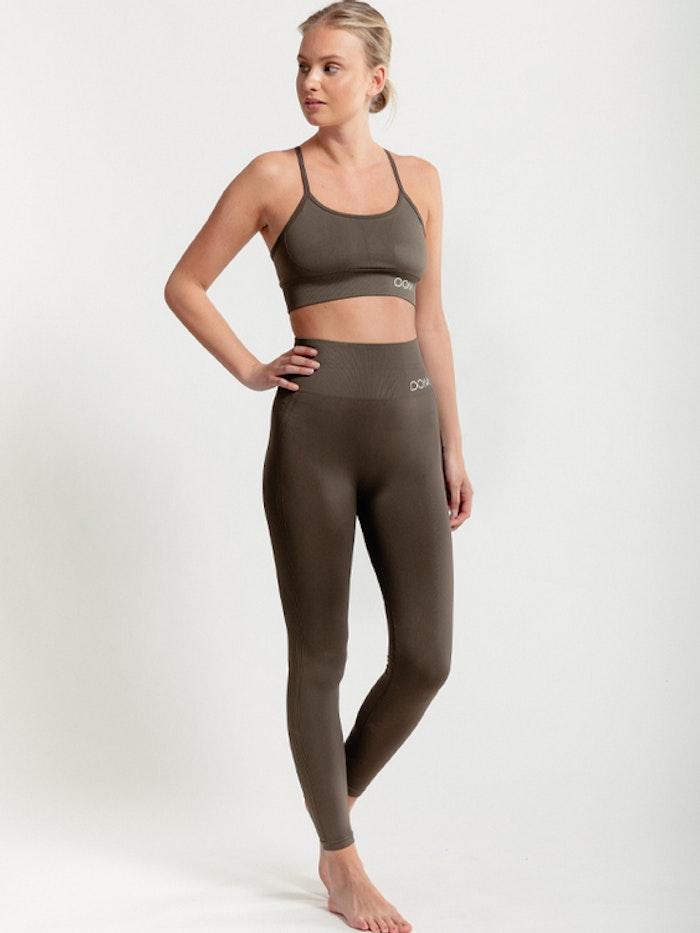 Yogaleggings Seamless CORA Dark Olive - DOM