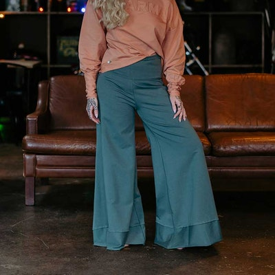 Byxor Big Pants Balsam Green - Yogia
