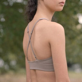 Sport-BH Yoga Topanga Limestone - Girlfriend Collective
