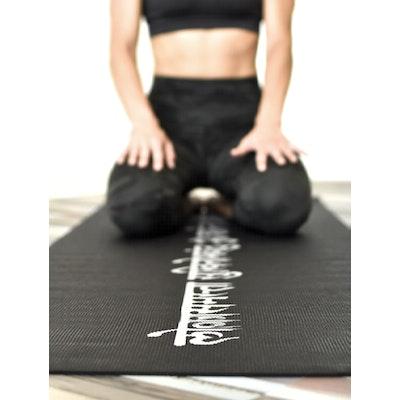 Yogamatta Mantra Black 4mm - Love Generation