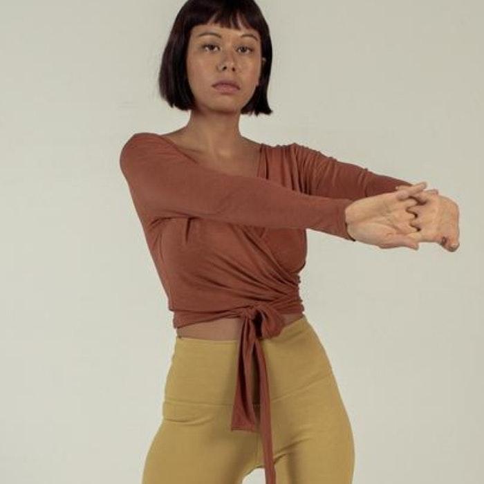 Yogatröja Moksha Wrap Top Mahogany - Indigo Luna
