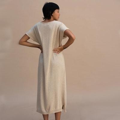 Klänning Helga Dress Almond - Indigo Luna