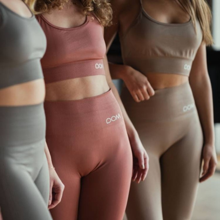 Yogaleggings Seamless CORA Polish Brown - DOM