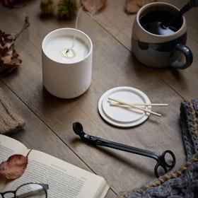 """Doftljus aromterapi """"Nordic Cedar"""" - Aery Living"""