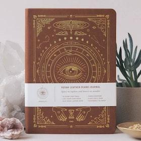 Dagbok Vegan Leather Olinjerad Desert Brown A5 - Magic of I
