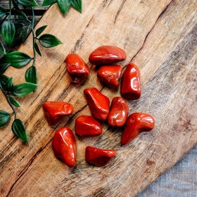 Röd Jaspis Tumlad medium