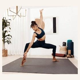 Yogamatta PRO Kvadratisk Svart - Manduka
