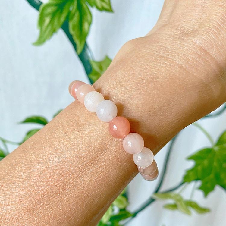 Persikoaventurin armband 8 mm pärlor